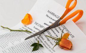 menghadapi perceraian